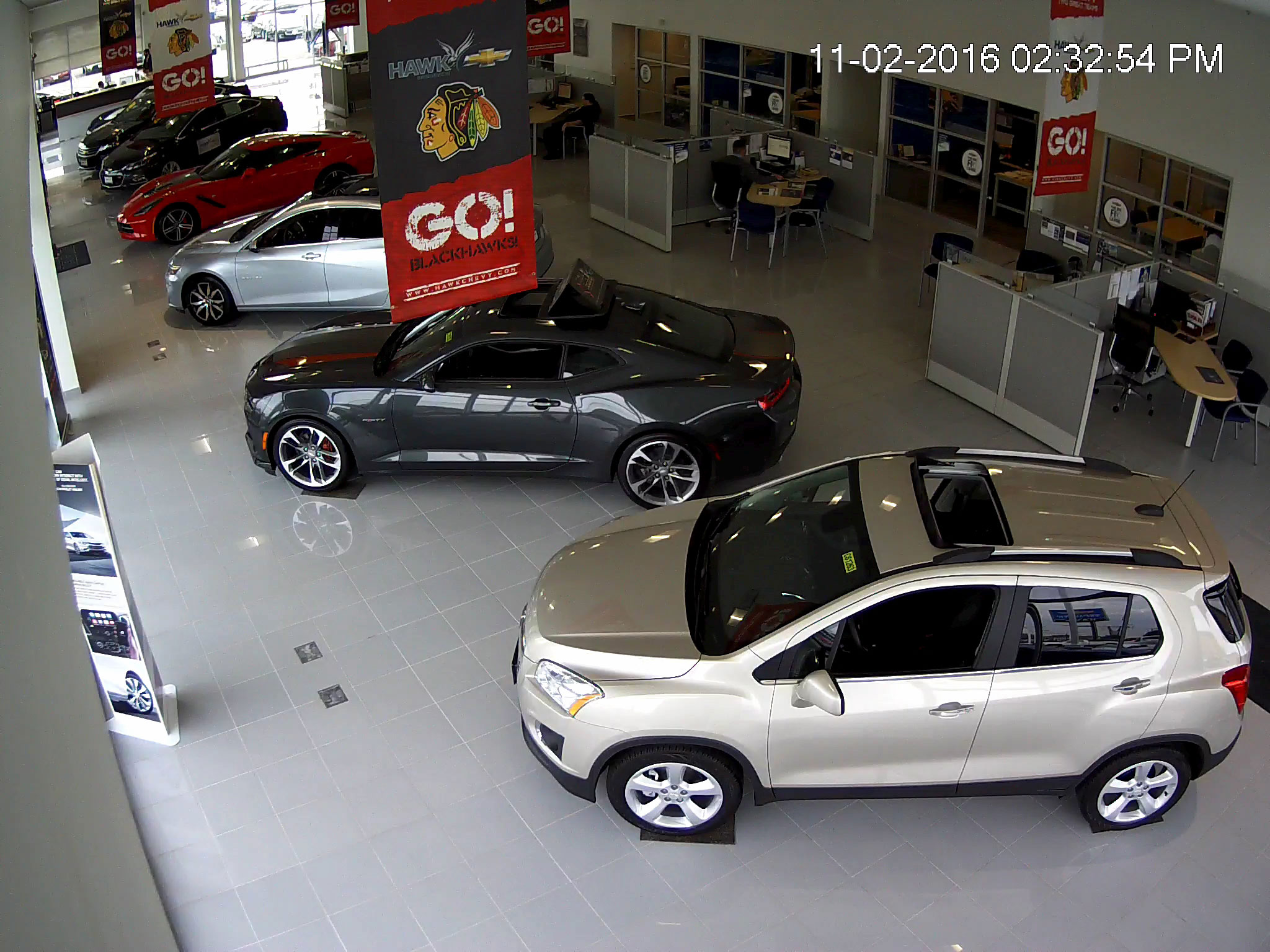 Show-Room-Overview-1