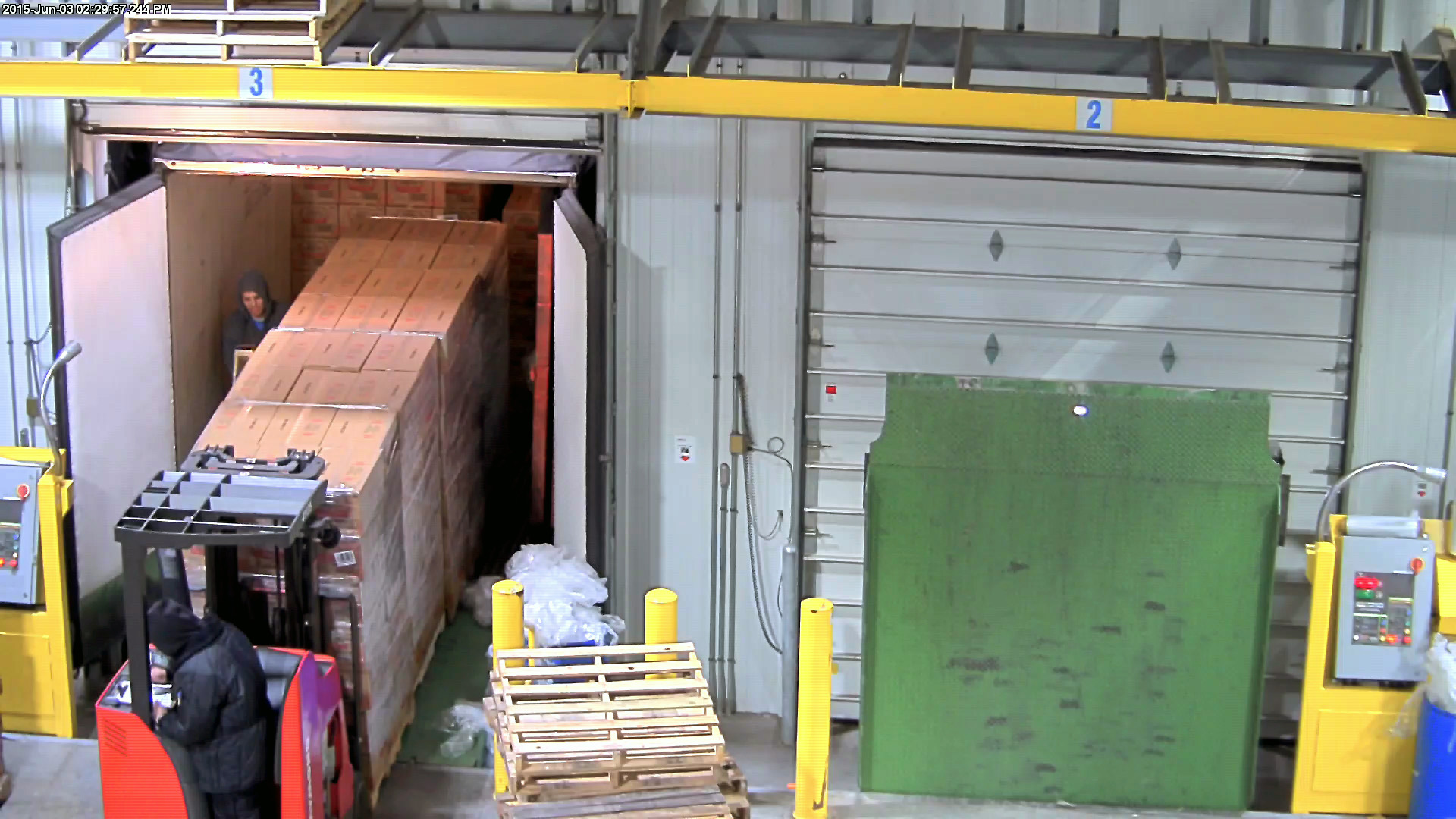 Loading-Dock-Inside-the-Trailer
